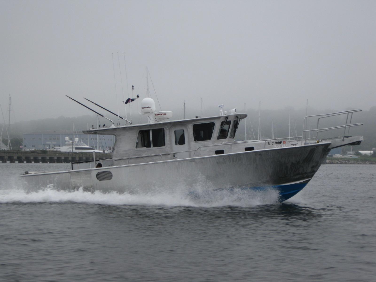 Ray Hunt Design Custom Yachts Up To 70 Feet 35