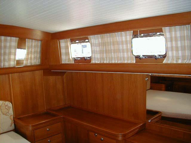 Ray Hunt Design | Custom Yachts Up To 70 Feet | 48' Cabin Cruiser<br